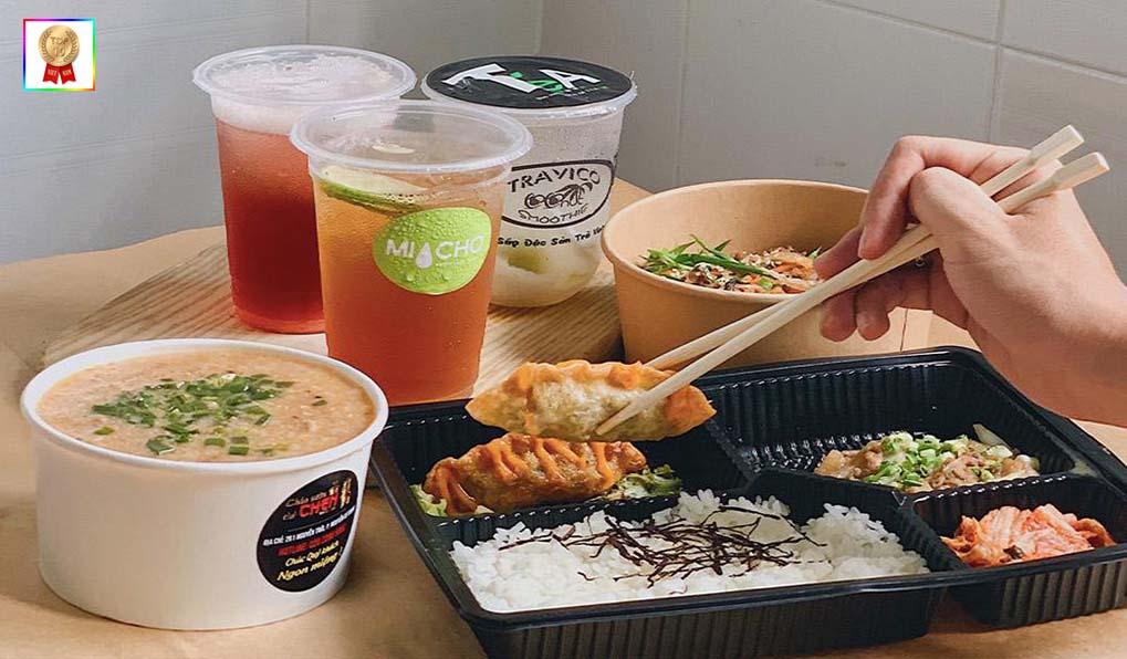 cơm ăn trưa văn phòng